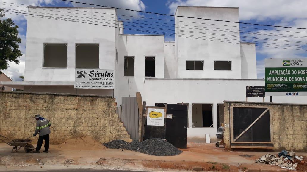 Segue em ritmo avançado as obras do Hospital Municipal